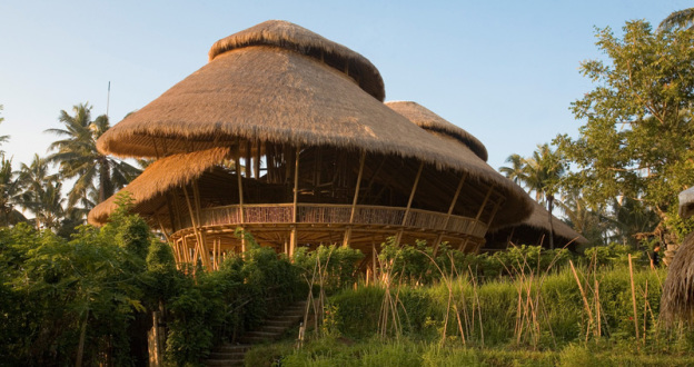 Escola-de-Bambu-em-Bali-624x330