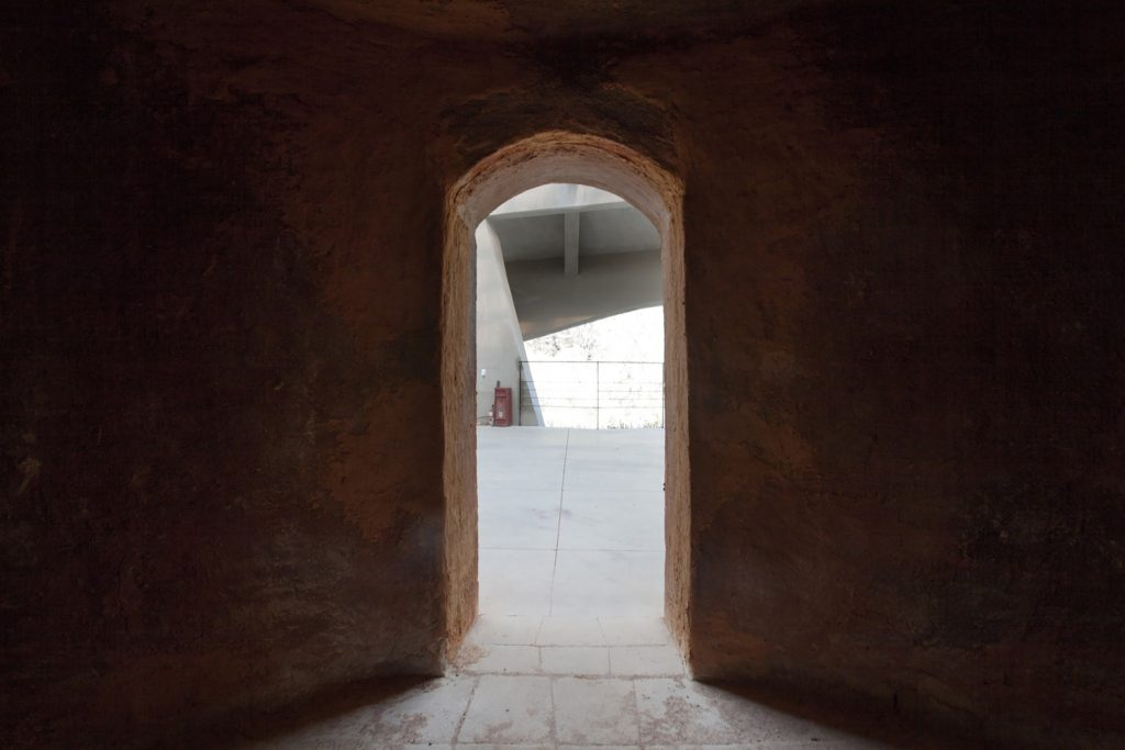 011_kiln_view_from_inside_of_kiln_