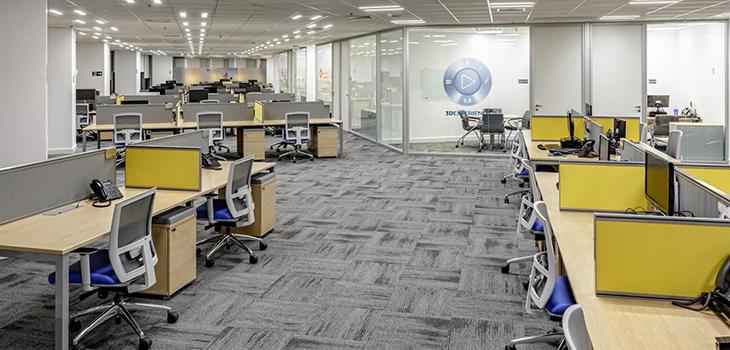 Corporativo Estaiada, por Salles & Aldworth Arquitetura e Design – Foto: Marcelo Kahn